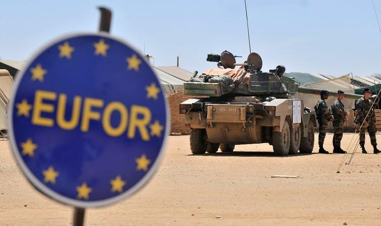 Les forces de maintien de la paix de l'Union européenne (EUROFOR) au Tchad